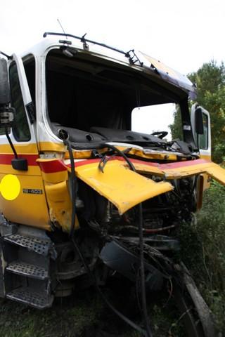 wypadek-drogowy-dwoch-cystern-25-09-2013-0004