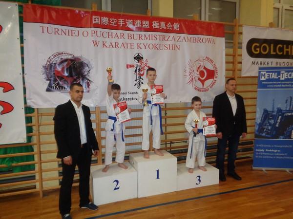 milosz-lecki-na-podium_2